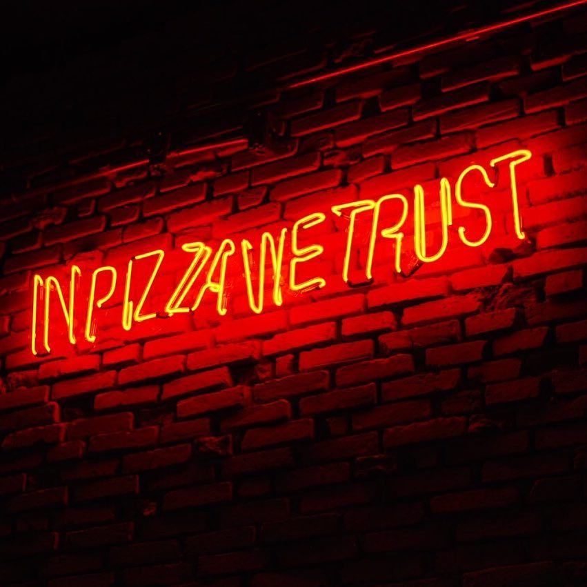 in-pizza-we-trust-di-bari-pizzaria